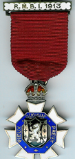 TH281 Royal Masonic Benevolent Institution 1913 Stewards jewel-0