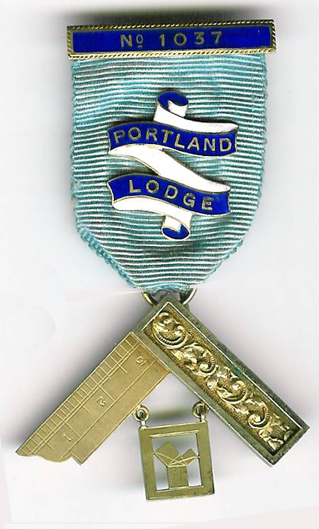TH455-1037 Portland Lodge No. 1037 Past Master's jewel silver .-0
