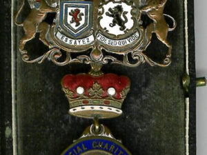 TH313 1895c Province of North and East Yorkshire Benevolent Fund Jewel-0
