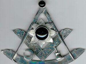 TH24 Scottish-Irish huge silver very early Victorian Past Master's jewel circa 1840.-0