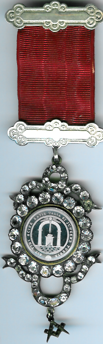 TH604c 1810c Antients Royal Arch Chapter jewel with brilliants.-0