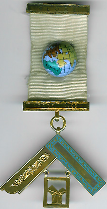 TH455-0023 Globe Lodge No. 23 15ct Gold Victorian Past Masters jewel-0