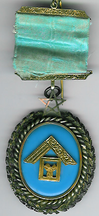 TH453-0511 Gold Past Masters Jewel from Zetland Lodge No. 511.-0