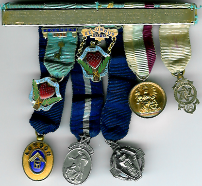 Set of seven miniature jewels from Love and Unity Lodge No. 5354 9ct. gold-0