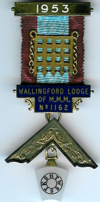 TH718-1162 Wallingford Mark Lodge No. 1162 Past Master's jewel-0