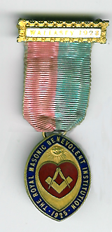 TH334d The 1923 Wallasey Charity Jewel for the Royal Masonic Benevolent Institution -0
