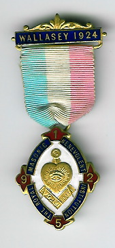TH334e The 1924 Wallasey Charity Jewel for the Royal Masonic Benevolent Institution -0
