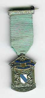 TH336 The 1921 East Lancashire Masonic Benevolent Institution jewel.-0