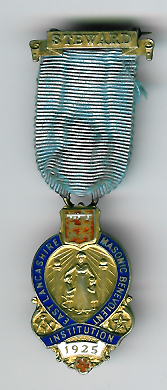 TH340 The 1925 East Lancashire Masonic Benevolent Institution Charity jewel-0
