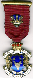 TH281 Royal Masonic Benevolent Institution 1917 Stewards jewel. -0
