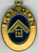 TH584a The 1908 London Grand Rank collar jewel in 18ct. gold.-0