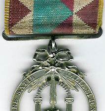 TH603 Scottish Royal Arch jewel circa 1840 with two columns and an alter in the centre.-0